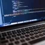 Zmiana domeny a pozycjonowanie strony. Jak przekierować domenę?