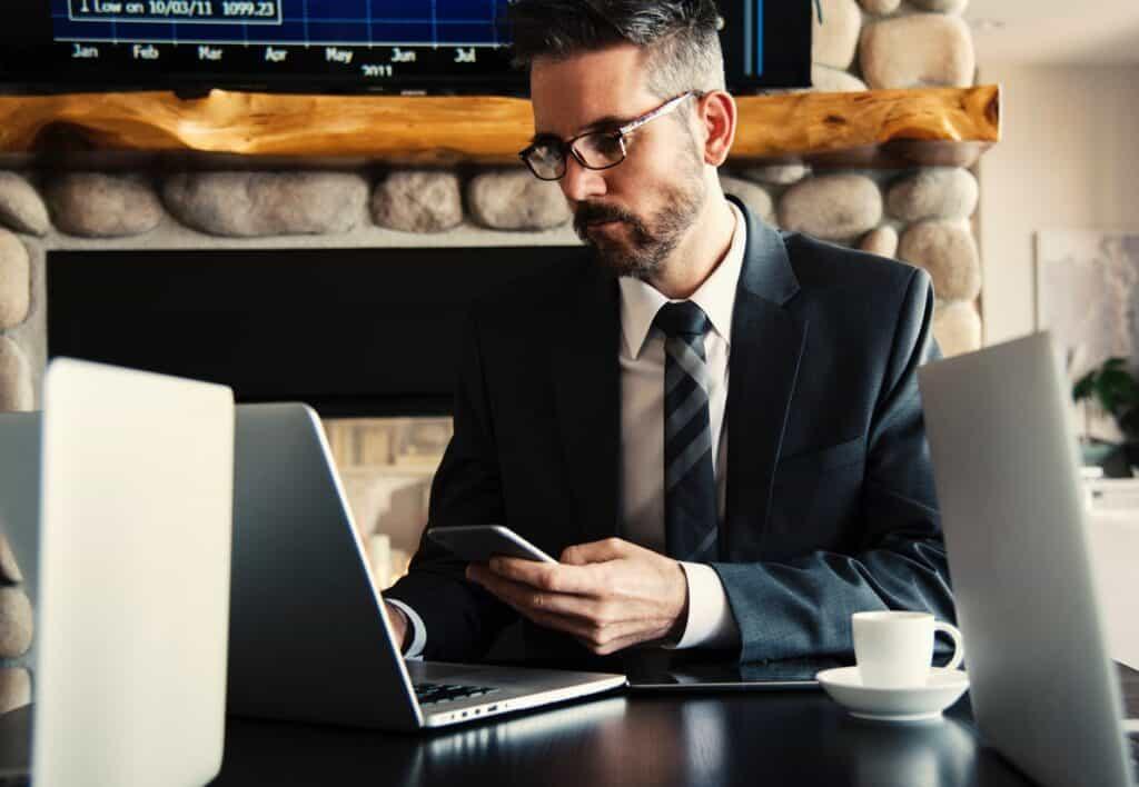 Dlaczego warto zlecić pozycjonowanie profesjonalistom ?