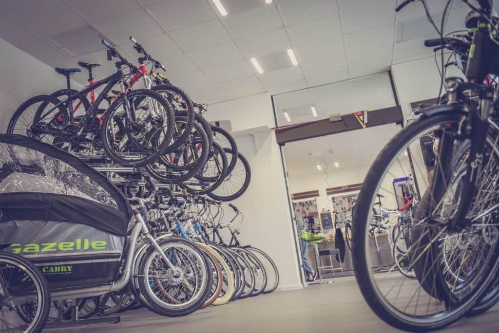 Wybór reklamy w sieci dla sklepu rowerowego