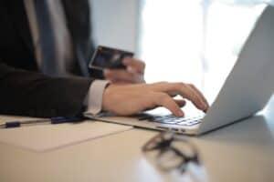 Raporty e-commerce w Google Analitycs