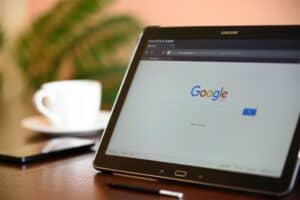 Jak łączyć konta Google Ads i Google Analitycs ?