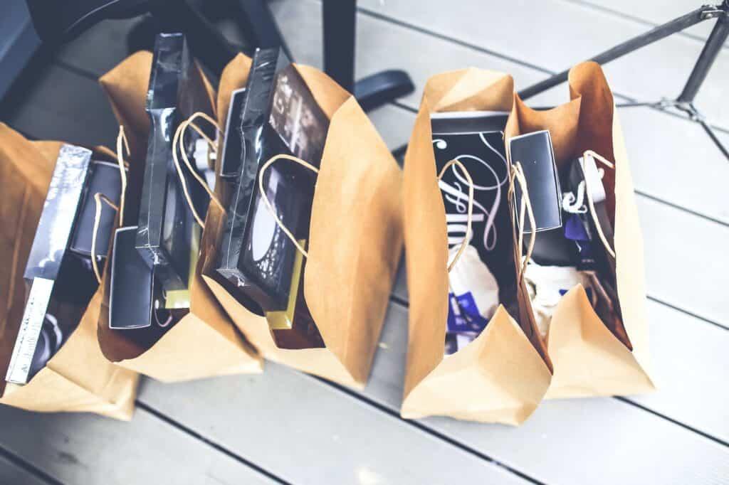 Co musisz wiedzieć na temat zwrotów w sklepach internetowych ?
