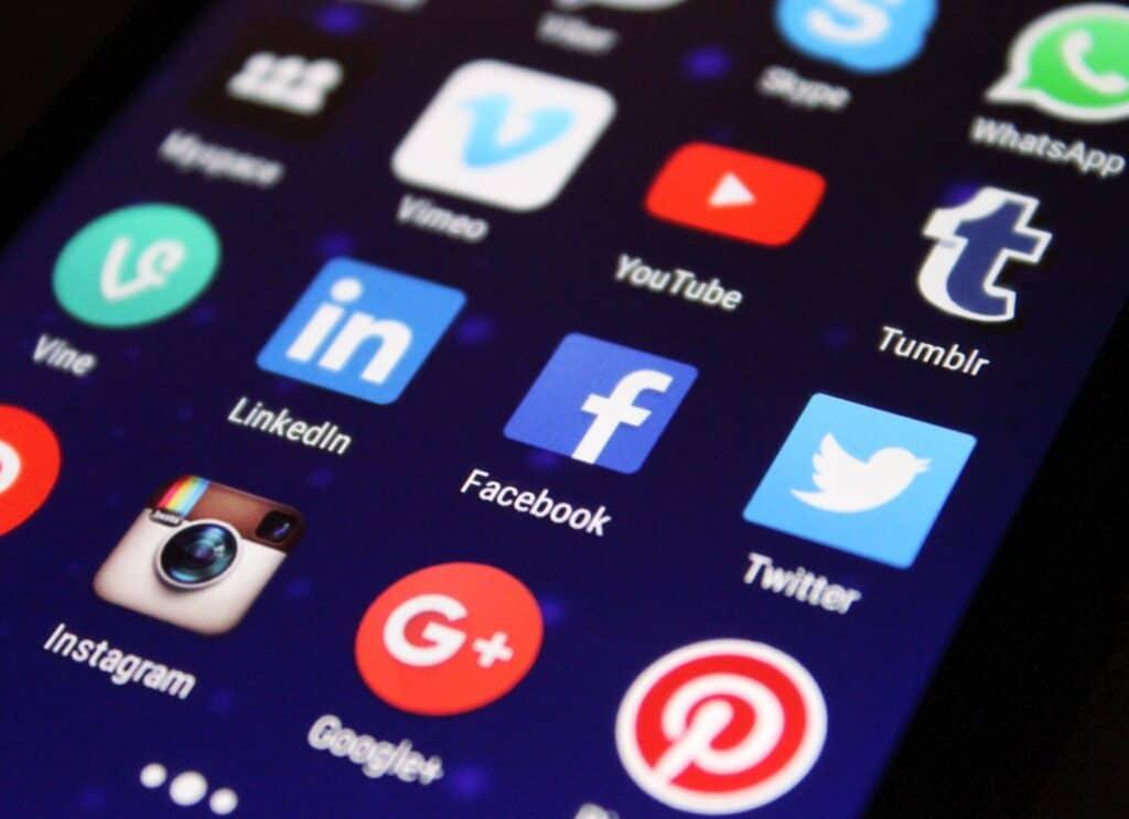 Jak zainteresować ludzi publikacjami na LinkedIn ?
